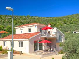 D&A Apartments, budget hotel in Vela Luka