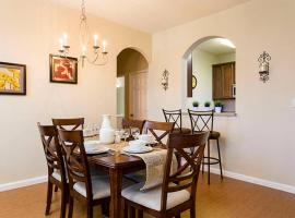 Amazing Vacation Apartment At Vista Cay Resort apt 305, apartment in Orlando