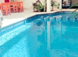 Hotel Maya Turquesa 50m 5TH AV, hotel in Playa del Carmen