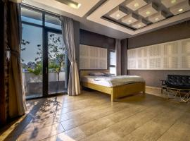 Greenwood Villa Saigon, villa in Ho Chi Minh City