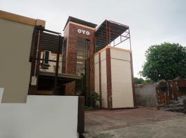 OYO 590 Sharana Pensionne, hotel in Davao City
