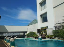 The City Hotel Sriracha by BBH Japan, hotel in Si Racha