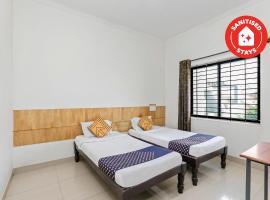 SPOT ON 63308 H M Residency, hotel near GRS Fantasy Park, Mysore