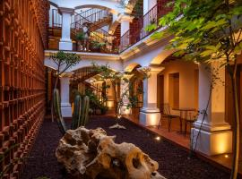 AYOOK, hotel in Oaxaca City