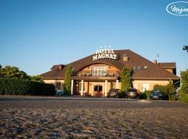 Hotel Magnat, hotel near Golf Klub Wityng, Słupca