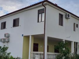 Apartment Jukić, apartment in Seline