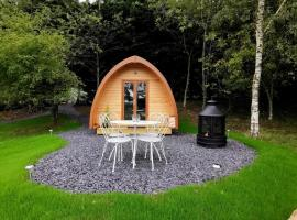 Glamping at Honnington Farm, luxury tent in Royal Tunbridge Wells