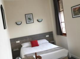 Hotel TGV, hotel in Quimper