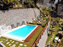 Loft Apartments by Amalfivacation, hotel with pools in Amalfi