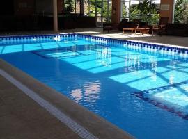 Apartamento Centro Gramado Village, hotel with pools in Gramado