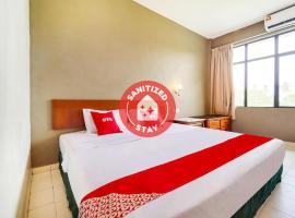 OYO 89643 S.s Motel, hotel in Kuah