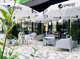 Holiday Inn Express Warsaw - Mokotow, hotel in Warsaw