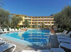 Hotel Baia Verde, hotel in Malcesine