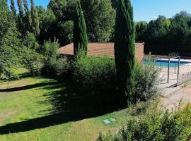 Design Standing Apt in Aix, hotel near Memorial Site of Les Milles Internment Camp, Aix-en-Provence