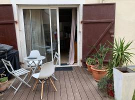 studio avec exterieur a Biarritz, hôtel à Biarritz