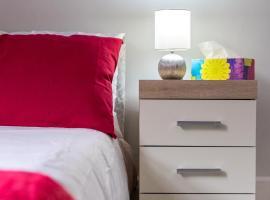 Enfield Town - Modern 3 Bedroom Serviced Apartment, apartment in Enfield