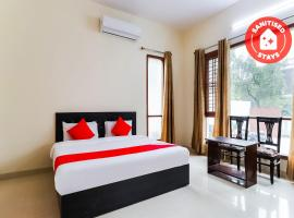 OYO 66646 Golden Residency, hotel near Singapore Mall, Chinhat