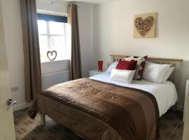 The Cosy Place, on door step of Derby Royal Hospital, hotel in Derby