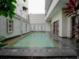 ARCS House Pakubuwono by Jambuluwuk, guest house in Jakarta