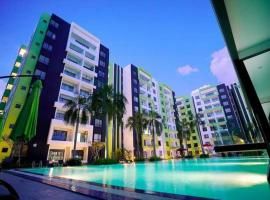 Ipoh Waterpark Homestay 12pax 3-4Bedrooms Poolview, apartment in Ipoh