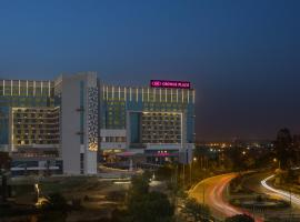 Crowne Plaza Greater Noida, hotel in Greater Noida