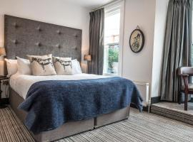 Peaky Blinders Accommodation & Bar, hotel in Southport