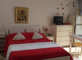 STUDIO CONFORT ET LUMINEUX avec LOGGIA ET PARKING PRIVE, apartment in Balaruc-les-Bains