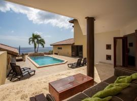 Tropische Villa 527 met zeezicht, villa in Willibrordus
