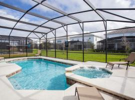 11BR Mansion - Luxury Resort - Private Pool, Hot tub and BBQ, hotel in Kissimmee