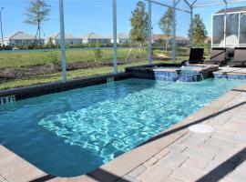 8BR Mansion - Family Resort - Private Pool, BBQ, Theater!, villa in Davenport