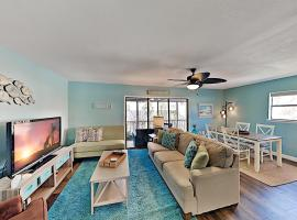 Spacious Beach Condo with Pool & Fishing Dock condo, apartment in Clearwater Beach