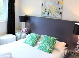 Work Rest and Stay at Gunwharf Quays, hotel near The University Library, University of Portsmouth, Portsmouth