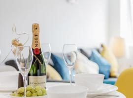 REAL - Watford Central Serviced Apartments - F5, budget hotel in Watford