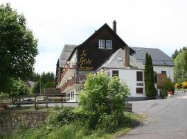 Auberge de la Petite Ferme, Super-Besse Est, The Originals Relais (Qualys-Hotel), hotel in Besse-et-Saint-Anastaise