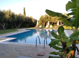 "Villa Lefteri ""by Checkin"", pet-friendly hotel in Hersonissos"