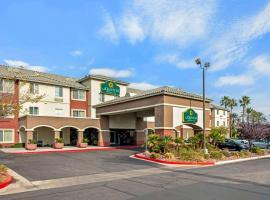 La Quinta by Wyndham Las Vegas RedRock/Summerlin, hotel near TPC Summerlin, Las Vegas