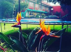 Hotel Las Fumarolas de Don Goyo Cholula, apartamento en Cholula