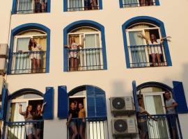 Lunalba, hostelli Malagassa