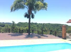 Casa chácara de lazer altos do pequeno vale caxias do Sul - Serra Gaucha, holiday home in Caxias do Sul