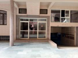 Govardhan guest house, guest house in Mathura