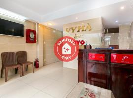OYO 372 Vy Hà Hotel, hotel in Ho Chi Minh City