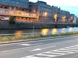 Home Trietje 2, villa in Gent