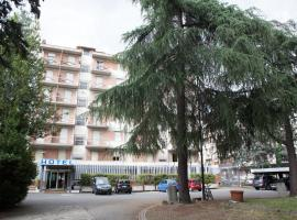 Auto Park Hotel, hotel near Florence Airport - FLR, Florence