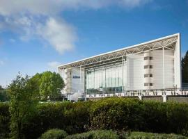 Hilton London Heathrow Terminal 4, hotel perto de Aeroporto de Londres - Heathrow - LHR, Hillingdon
