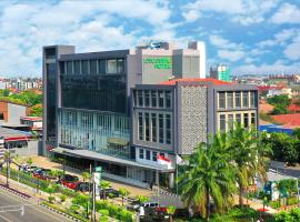 Leisure Inn Arion Hotel, hotel near Grand Galaxy Park, Jakarta