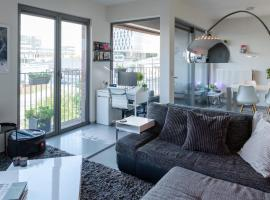 London 993, self catering accommodation in Antwerp