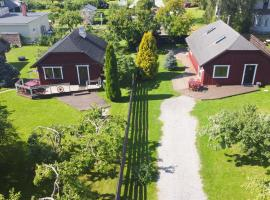 Teeny and Loora, loma-asunto Pärnussa