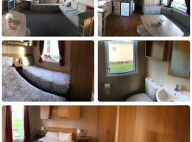 Marton Mere 6 berth caravan, hotel with pools in Blackpool