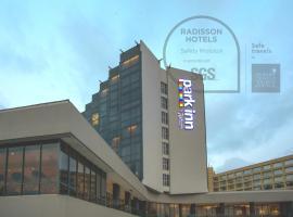 Park Inn by Radisson Libreville, hôtel à Libreville