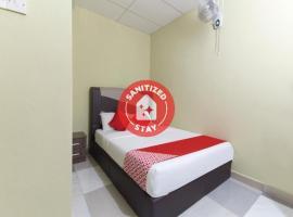OYO 873 Bamboo Inn, hotel in Batu Ferringhi